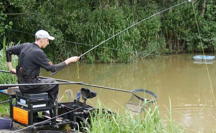 ловля рыбы на штекерное удилище