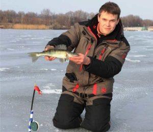 Ловля судака на жерлицы со льда
